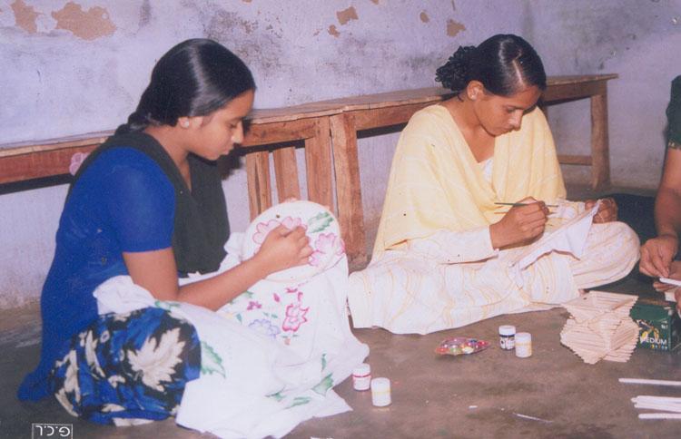 Arts & Crafts at Daboda Village, Gurgaon