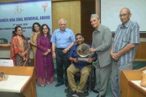Mr. Arman Ali receiving the 14th Nina Sibal  Award from Dr. Karan Singh