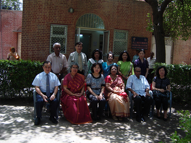 Chinese Delegation alongwith AIWEFA Executives at AIWEFA office in June, 2009